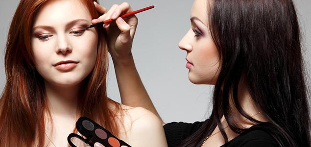 Taller de maquillaje en Bogotá | Be Beauty - BeFreetness